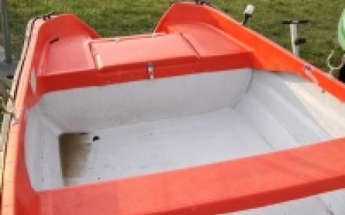 450x165 cm-es csónak